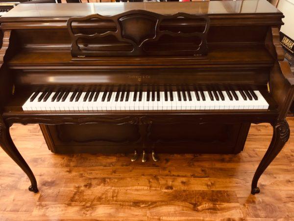 Sohmer – 42′ console piano – Model 34-LS walnut