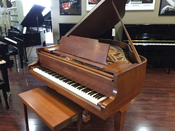 Kawai – Model KG-1C satin walnut – 5'1″ grand piano
