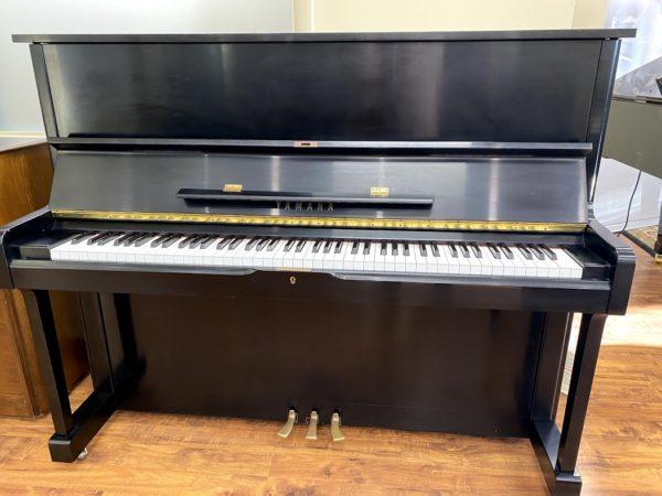 Yamaha – U1- satin ebony – 48″ upright piano w/bench